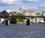 Pleinen en plekken in Parijs: Ile de la Cite